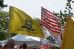DO NOT TREAD ON US!